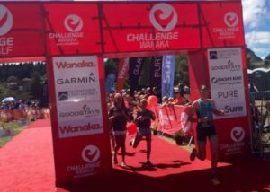 L'australiana Annabel Luxford vince il Challenge Wanaka 2018, davanti alla britannica Laura Siddall e alla neozelandese Amelia Watkinson