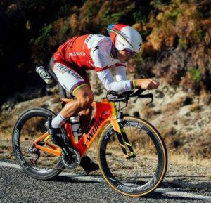"""Lo spagnolo Javier Gomez ha così commentato il suo Challenge Wanaka 2018: """"Adoro questo percorso e questa gara. Mi sentivo meglio di quanto mi aspettassi in questo periodo dell'anno, è sempre bello iniziare la stagione vincendo!""""."""