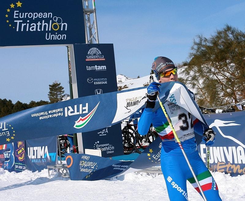 Alberto Rabellino vince la medaglia d'oro tra gli Junior agli Europei di Winter Triathlon 2018 sull'Etna (Foto: ETU)
