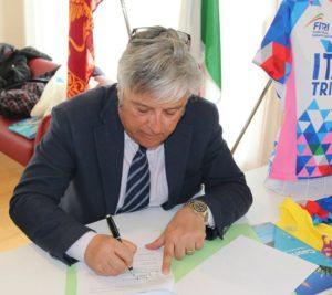 Luigi Bianchi, presidente della Federazione Italiana Triathlon, si è detto felice della collaborazione pluriennale con la Silca Ultralite e Caorle