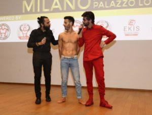 Il ballerino professionista Alessio Cattaneo, in foto con Dario Nardone e Andrea Zavaglia, chiude, con un assolo, il Gala del Triathlon 2018 (Foto ©Sergio Tempera)