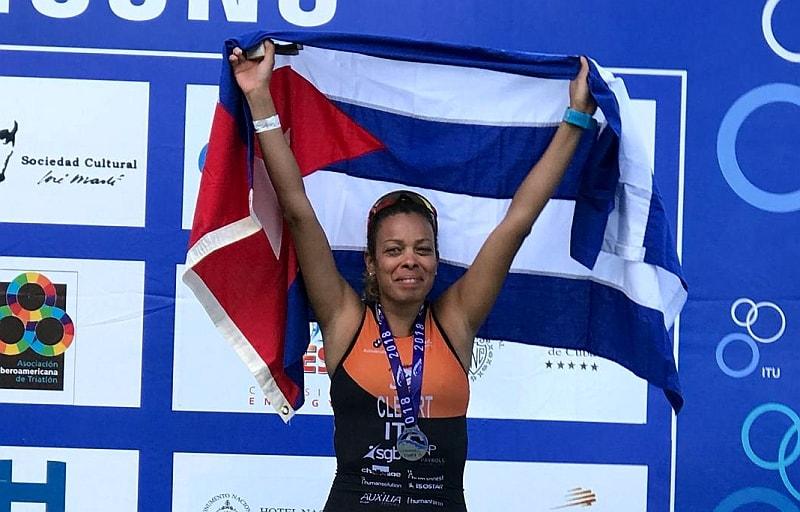 Clem Flores, triatleta cubana d'Italia, da Pescara a L'Habana con il triathlon nel cuore