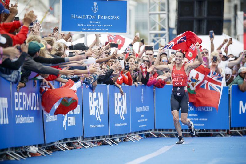 ITU World Triathlon Bermuda: Flora Duffy domina in casa, Alice Betto è splendida 6^!
