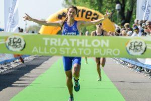 La junior Beatrice Mallozzi (G.S. Fiamme Azzurre) ha vinto la prima tappa del Grand Prix Triathlon Italia disputata a Milano nel week end del 21 e 22 aprile 2018 (Foto ©FiTri / Tiziano Ballabio)