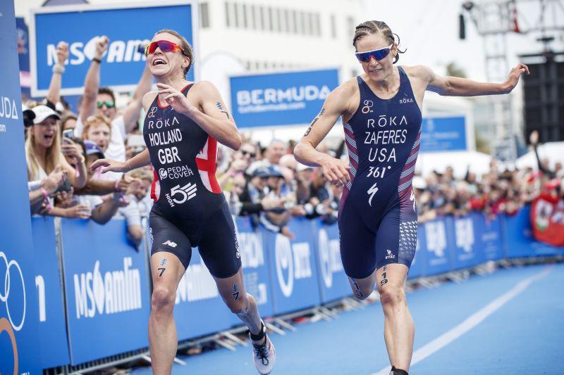Vicky Holland e Katie Zaferes sono state protagoniste di un arrivo al fotofinish, che ha visto seconda l'olandese (Foto ©ITU Media / Wagner Arajuo)