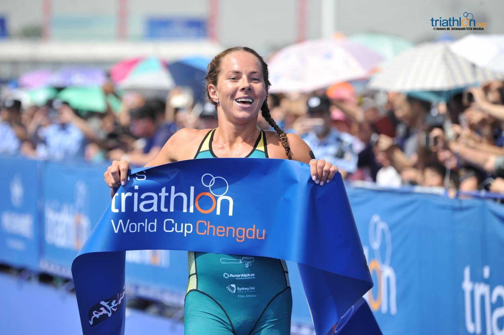 L'australiana Emma Jeffcoat vince l'ITU World Cup Chengu 2018 (Foto: ITU Media/Triathlon.org)