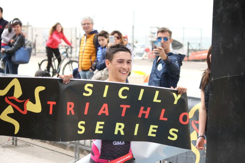 1^ tappa Sicily Triathlon Series: a Siracusa dominano i catanesi Ventura e Schiavino