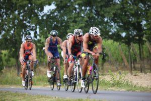 La frazione di ciclismo dell'Oakley TriO Sirmione porterà gli atleti fuori dal centro della cittadina gardesana e dalla sua penisola