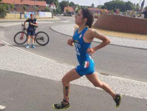 L'azzurrina Marta Menditto conquista la medaglia di bronzo tra le Junior nei Mondial di Cross Triathlon 2018 in Danimarca