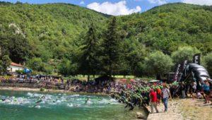 La spettacolare partenza dell'XTERRA Itlay Lake Scanno 2018