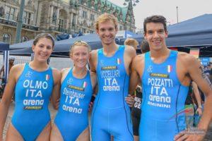 """L'Italia con Angelica Olmo, Davide Uccellari, Verena Steinhauser e Gianluca Pozzatti, è nona al Mondiale di triathlon """"Mixed Relay"""" 2018 (Foto ©FiTri / Tiziano Ballabio)"""
