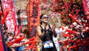 La svizzera Emma Bilham firma l'Alpe d'Huez Long Triathlon 2018
