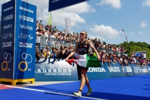 L'italiana Verena Steinhauser è terza all'ITU Triathlon World Cup di Losanna, disputata sabato 18 agosto 2018 (Foto ©ITU Media / Petko Beier)