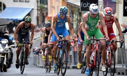 Video e cronaca della gara maschile di CoppaMondo di triathlon a Karlovy Vary, con Ale Fabian sul podio