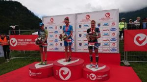 Margie Santimaria sale sul terzo gradino del podio al Challenge Walchsee, vinto dall'austriaca Eva Wutti davanti alla britannica Laura Siddall