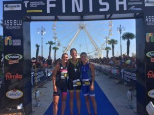 La tedesca Renate Fostner si aggiudica il Triathlon di Cesenatico 2018 su distanza olimpica davanti a Roberta Maule (Verona Triathlon) e Alessia Rondoni (Calypso Triathlon) - Foto ©Marco Bardella)