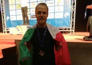 Stefano Valente conquista il terzo posto all'ETU Middle Distance European Championship 2018 cat. M30-34.