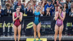Il podio femminile tutto statunitense della 3^ tappa della Super League Triathlon The Championship 2018, corsa a Mallorca: Taylor Spivey precede Kirsten Kasper e Katie Zaferes (Foto ©Darren Wheeler (www.thatcamerman.com)