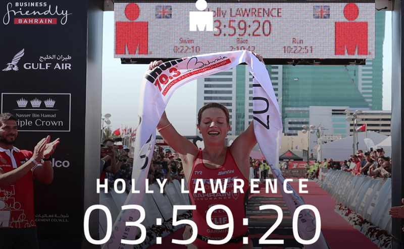 La britannica Holly Lawrence torna a vincere. Lo fa all'Ironman 70.3 Middle East Championship, in Bahrain, sabato 8 dicembre 2018.