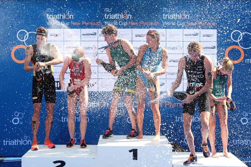 I podi della terza tappa dell'ITU Triathlon World Cup, corsa a New Plymouth (Nuova Zelanda) il 31 marzo e vinta, in campo femminile, dall'azzurra Angelica Olmo (Foto ©ITU Media / Jo Caird).