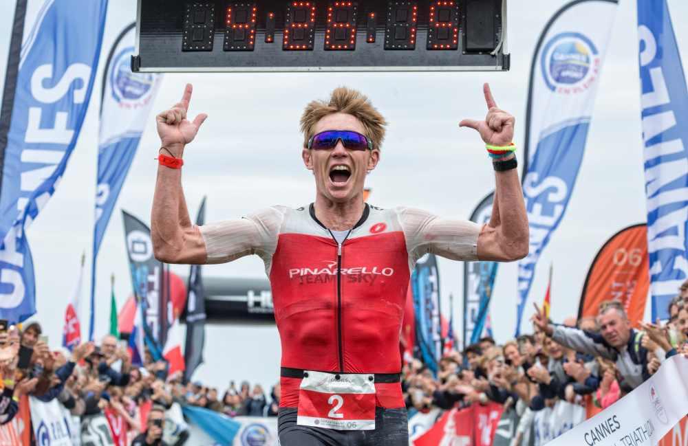 L'australiano Cameron Wurf si aggiudica il Cannes International Triathlon 2019 (Foto ©José Luis Hourcade).