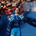 L'azzurra Eleonora Peroncini si laurea campionessa del mondo di cross triathlon 2019.