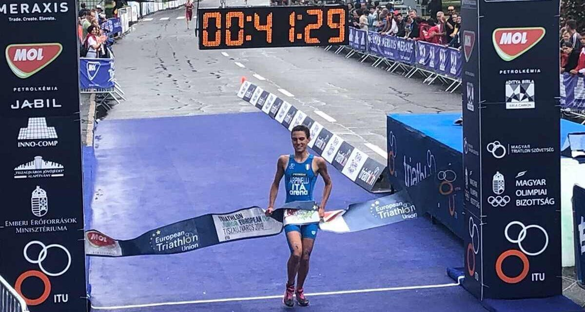 Costanza Arpinelli va a segno nell'ETU Triathlon Junior European Cup a Tiszaujvaros