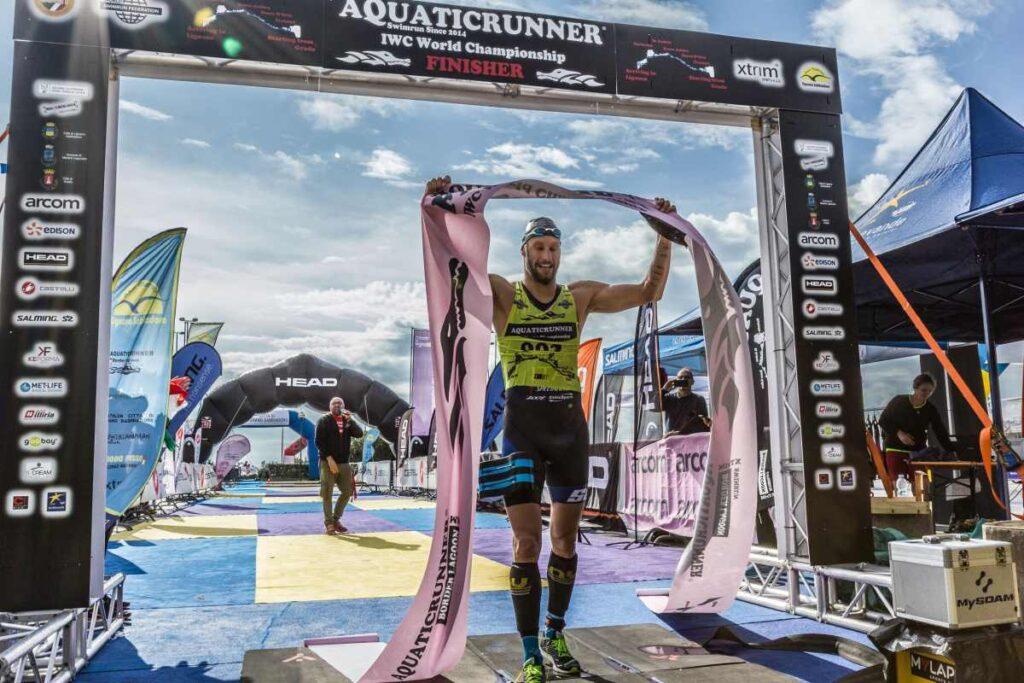 Daniel Hofer corre il suo primo swimrun e... vince il titolo mondiale di Aquaticrunner domenica 8 settembre 2019 a Lignano Sabbiadoro (UD)