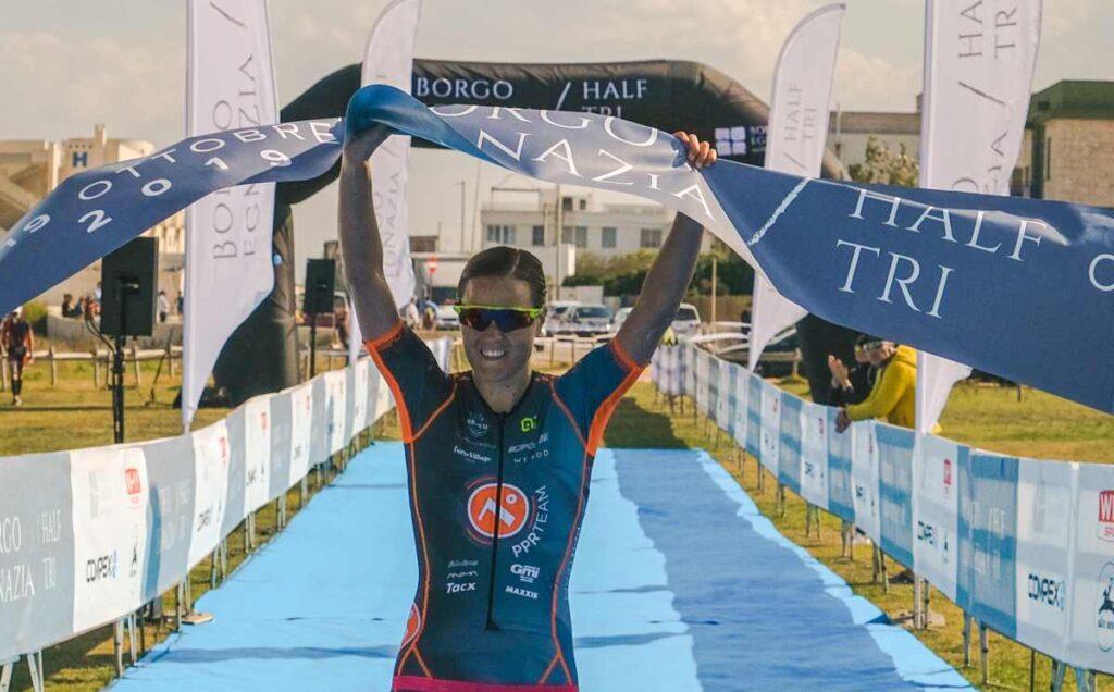 Margie Santimaria (PPR) trionfa al 1° Borgo Egnazia Half Tri del 19 ottobre 2019