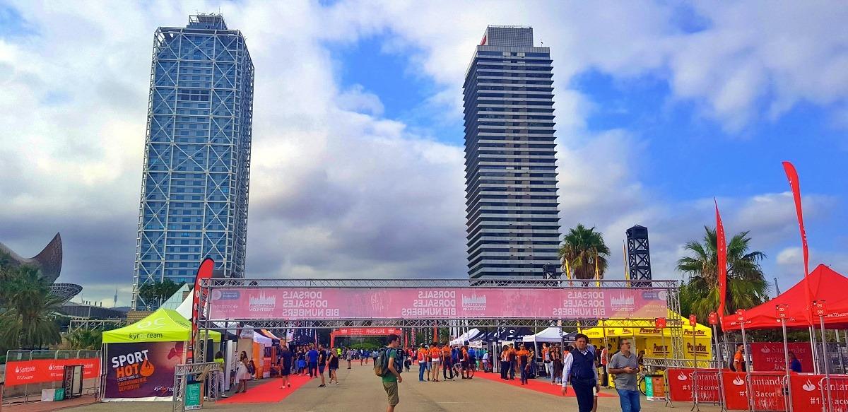L'area expo del Barcellona Triathlon 2019