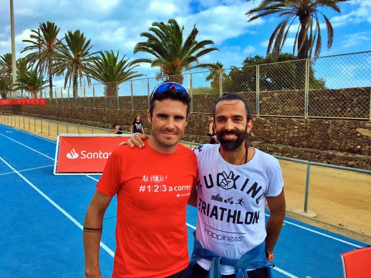 La foto da mettere in cornice: prima del Barcelona Triathlon 2019, Javier Gomez ha voluto assolutamente fare la foto con il Daddo! :-)