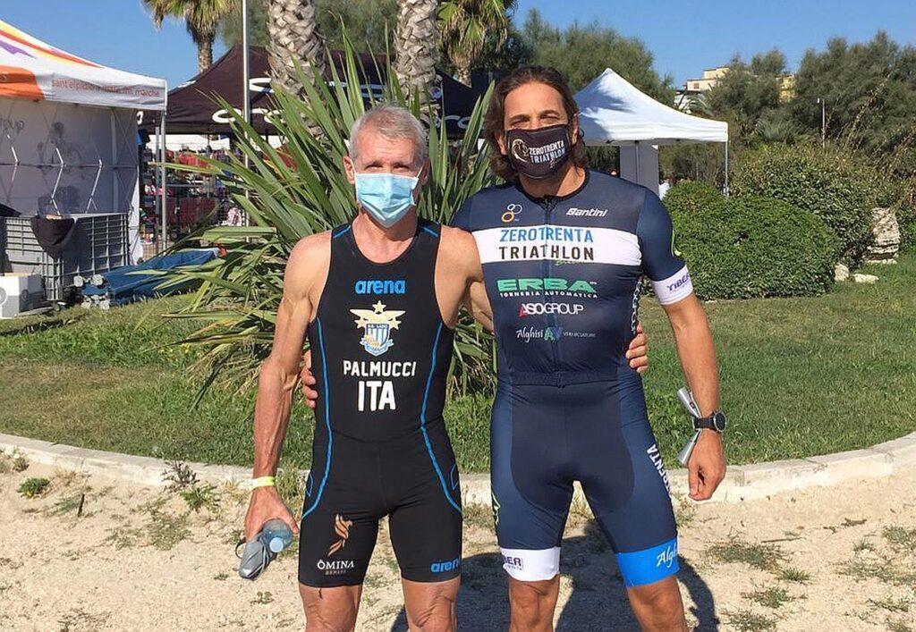 Il mito del triathlon italiano Danilo Palmucci ha partecipato al 1° Civitanova Triathlon del 6 settembre 2020, nella foto insieme a Daniele Arcari