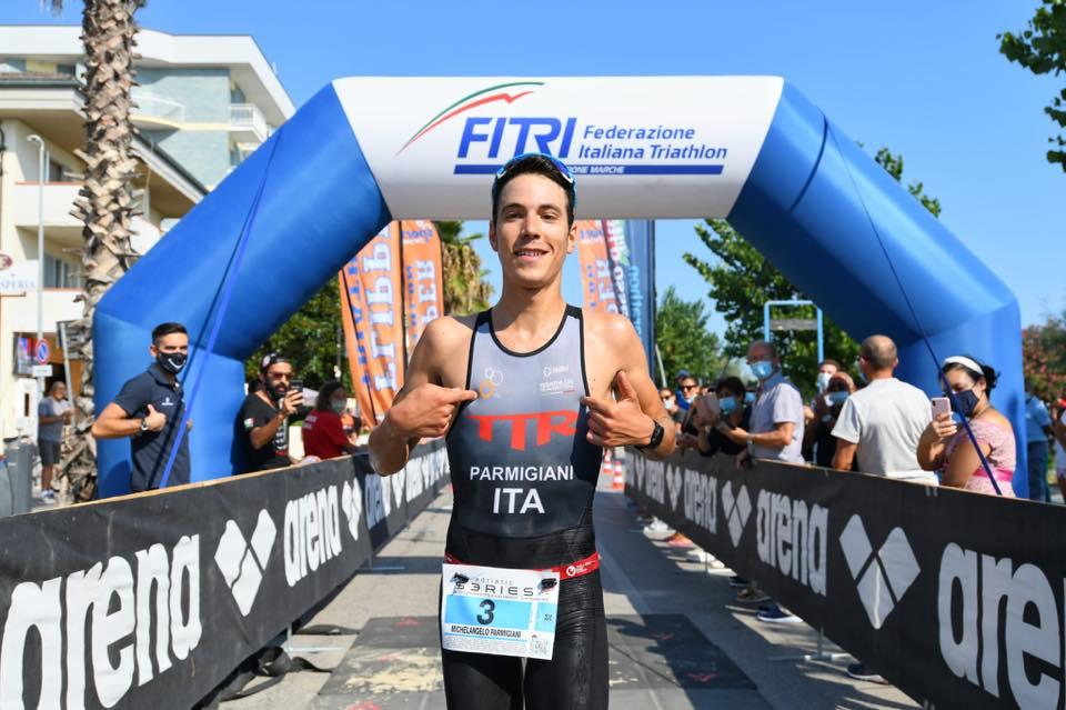 Michelangelo Parmigiani vince il 4° Triathlon Olimpico Alba Adriatica domenica 13 settembre 2020