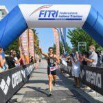 Sharon Spimi domina domenica 13 settembre l'edizione numero 4 del Triathlon Olimpico Alba Adriatica