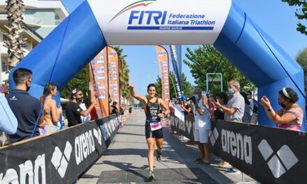 Triathlon Alba Adriatica: trionfano Sharon Spimi e Michelangelo Parmigiani