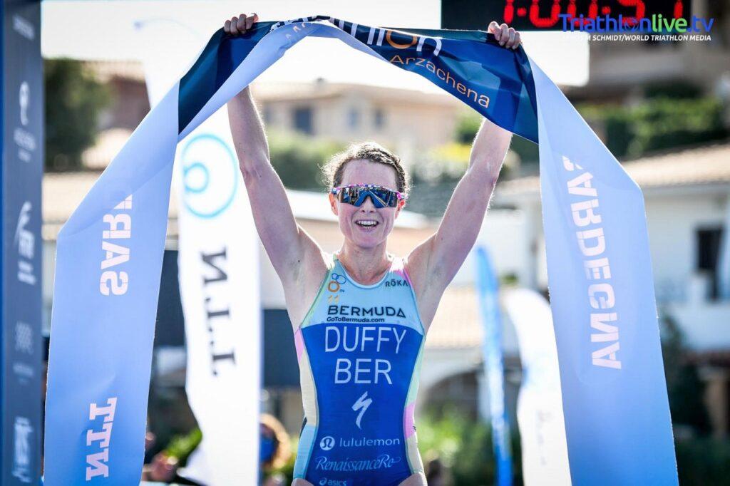 Flora Duffy trionfa all'ITU World Cup Triathlon Arzachena 2020 (Foto: World Triathlon Media)