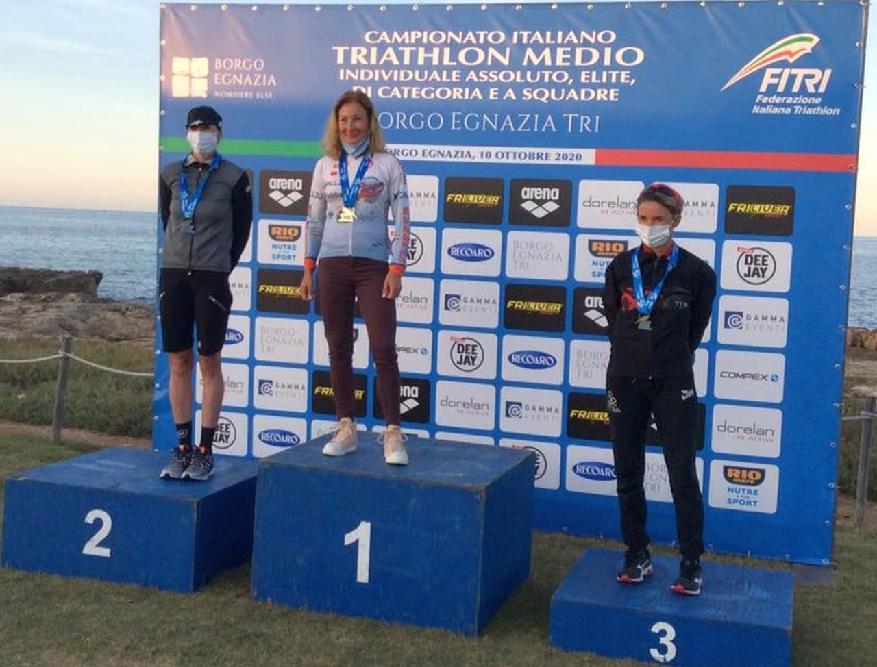 Campionati Italiani Triathlon Medio, Borgo Egnazia Half Tri, 10 ottobre 2020, podio Master 3 donne