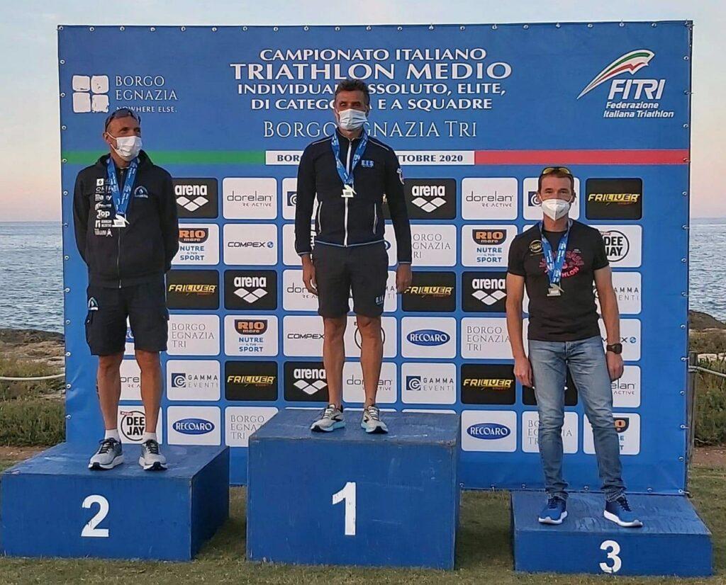 Campionati Italiani Triathlon Medio, Borgo Egnazia Half Tri, 10 ottobre 2020, podio Master 4 uomini