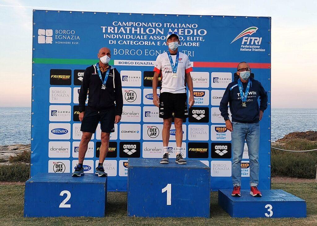 Campionati Italiani Triathlon Medio, Borgo Egnazia Half Tri, 10 ottobre 2020, podio Master 5 uomini