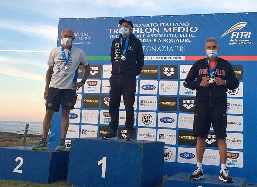 Campionati Italiani Triathlon Medio, Borgo Egnazia Half Tri, 10 ottobre 2020, podio Master 7 uomini