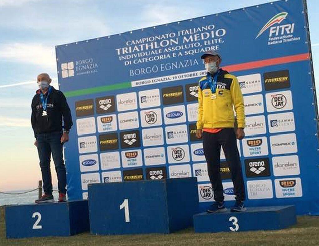 Campionati Italiani Triathlon Medio, Borgo Egnazia Half Tri, 10 ottobre 2020, podio Master 6 uomini