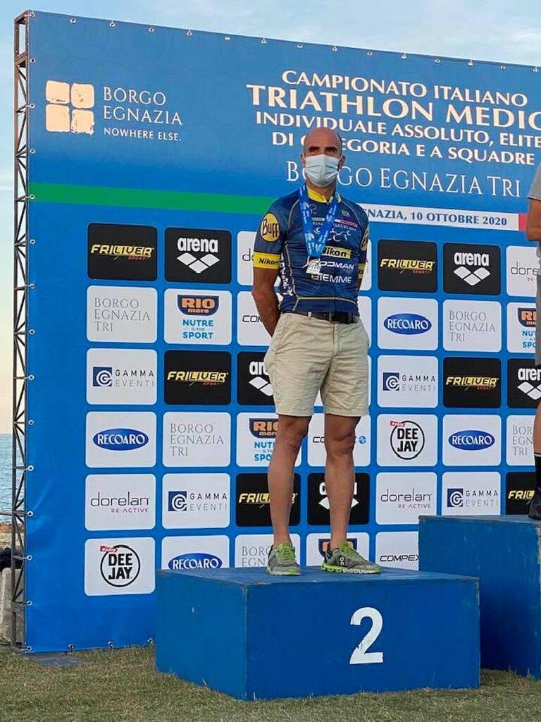 Campionati Italiani Triathlon Medio, Borgo Egnazia Half Tri, 10 ottobre 2020, podio Master 2 uomini, Bruno Pasqualini