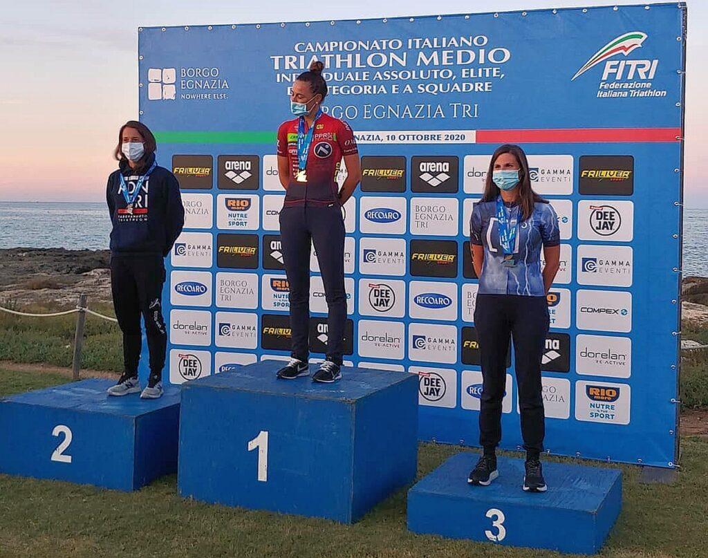 Campionati Italiani Triathlon Medio, Borgo Egnazia Half Tri, 10 ottobre 2020, podio Senior 3 donne
