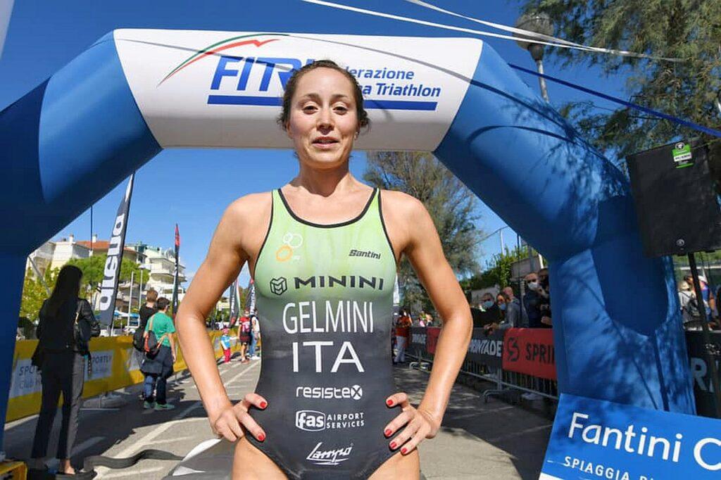 Lilli Gelmini (707 Triathlon Team) vince il V Triathlon Sprint Città di Cervia Fantini Club (Foto: Roberto Del Bianco)