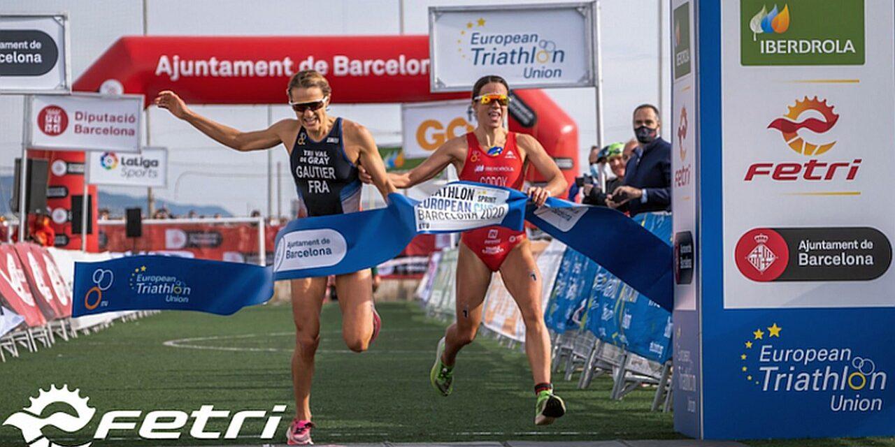 """Il video """"Pazzesco, Pazzesco, Pazzesco!"""" del successo di Mathilde Gautier nella Coppa Europa Triathlon di Barcellona"""