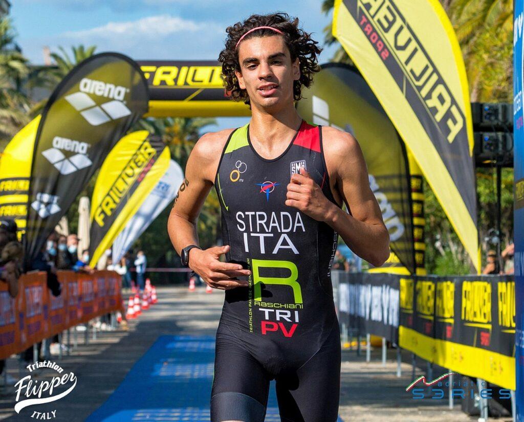 Campionati Italiani Triathlon Olimpico San Benedetto 2020: Nicolò Strada è 3° assoluto e 1° Under 23 (Foto: Roberto Del Bianco)