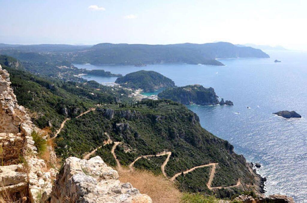 La Fortezza di Angelokastro, detta anche Castello dell'Angelo, sarà il punto d'arrivo del 1° Greek Hero XTri