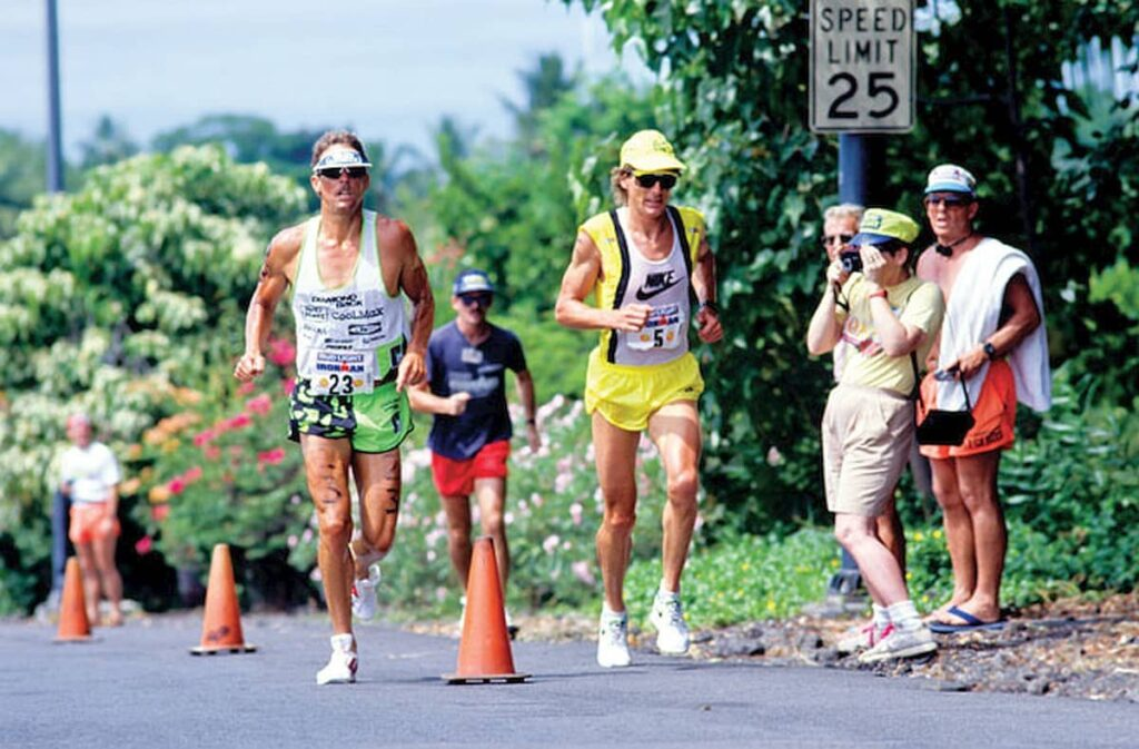 "La mitica ""Ironwar"" del 1989, la lotta spalla a spalla all'Ironman Hawaii World Championship tra Mark Allen (poi vittorioso) e Dave Scott"