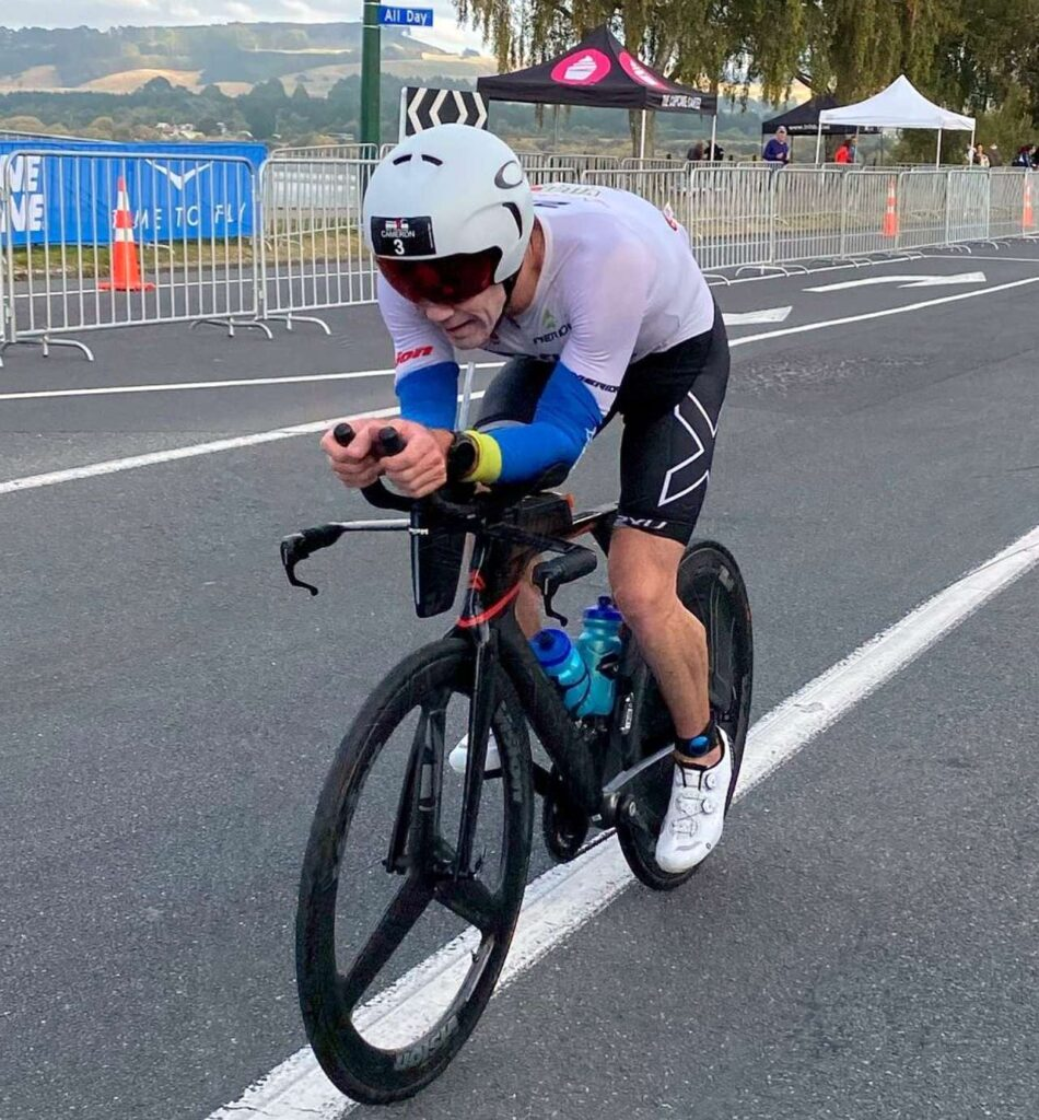 Cameron Brown in azione all'Ironman New Zealand 2021