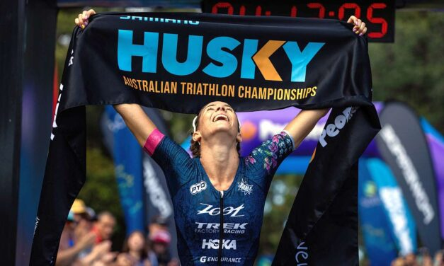 Husky Triathlon 2021 a Ellie Salthouse e Simon Hearn